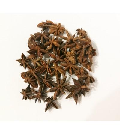 Anice stellato, Illicium verum frutti interi